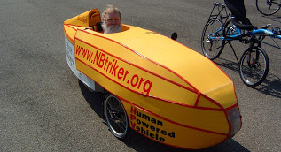Larry in Merrill Gay velomobile